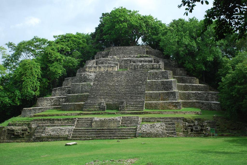 Maya yucatan im belize joshua projekt