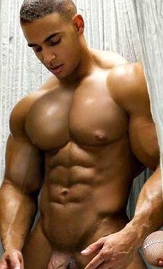 Sexy nackte männer Gay Muskulöse