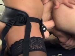Virtueller sex pegging strapon foto 2