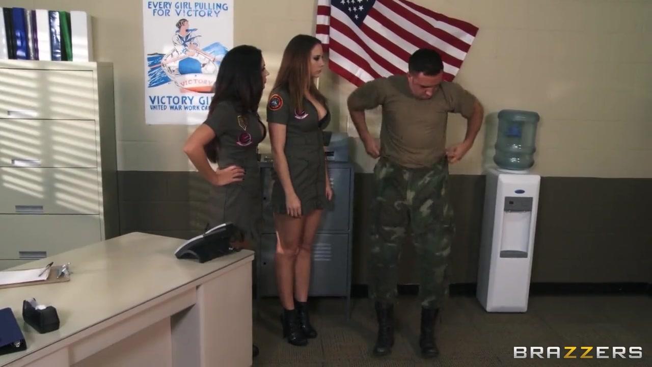 Militär sex video porno spiel foto 2