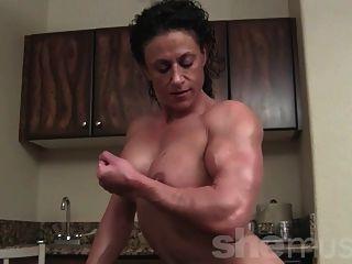Muskel frauen handjob porno foto 2