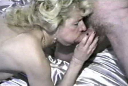 Amateur blonde milf abgeholt und gefickt