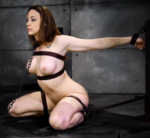 Chanel preston bondage und rauer sex foto 1