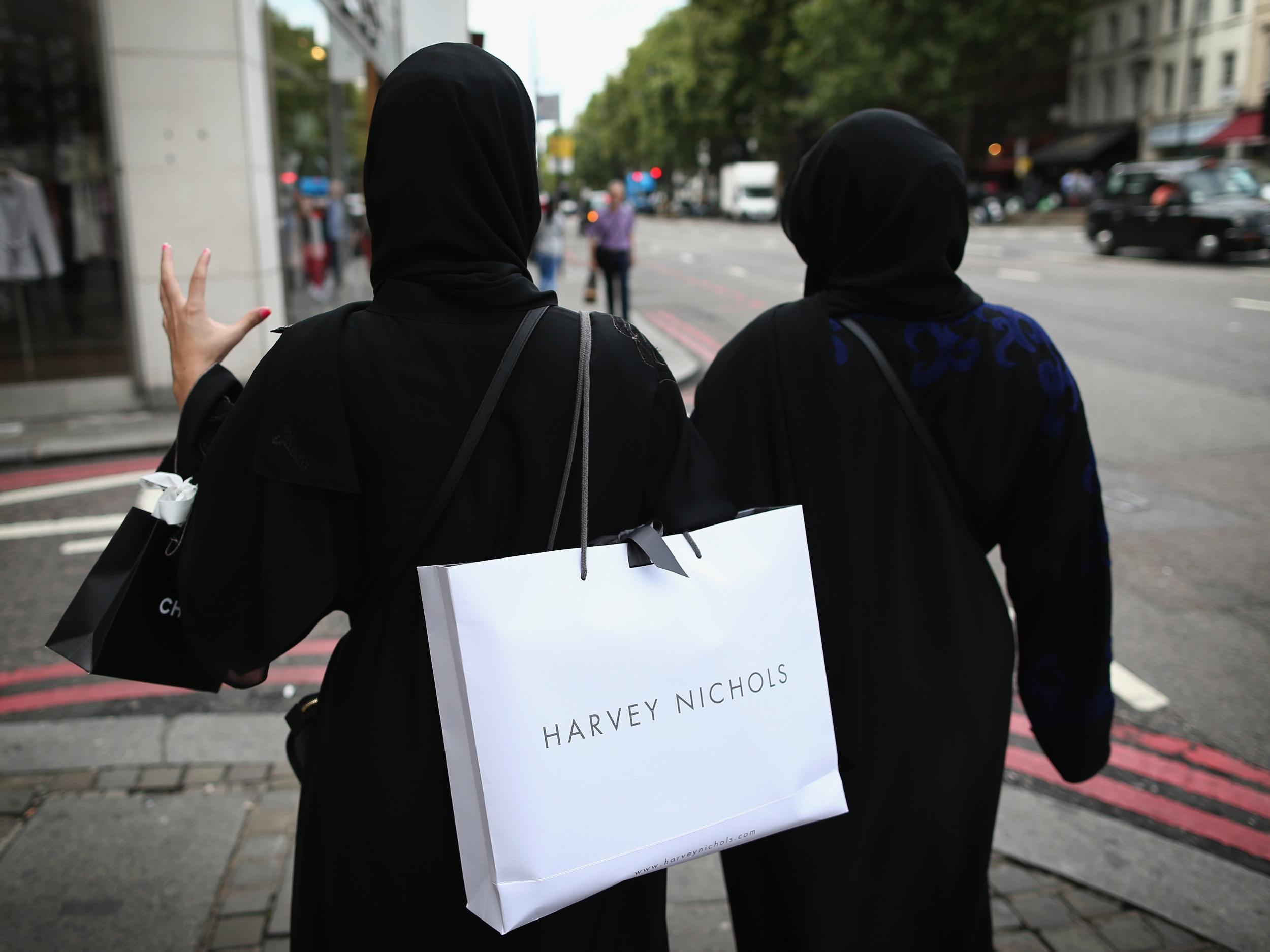 Muslimischer hijab sex im auto foto 1