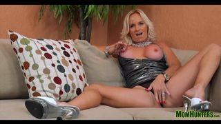 Carmel pussy frau liebt anal XXX