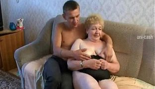 Muschi hautnah mit dildo masturbation tmb