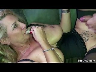 Sexy milf fickt tochter freund foto 1